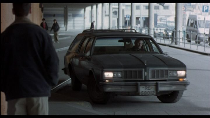 "IMCDb.org: 1980 Oldsmobile Custom Cruiser In ""Schpaaa, 1998"""