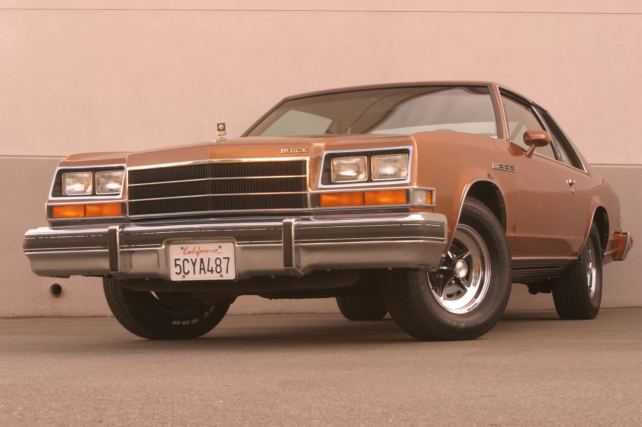 IMCDb.org: 1979 Buick LeSabre in