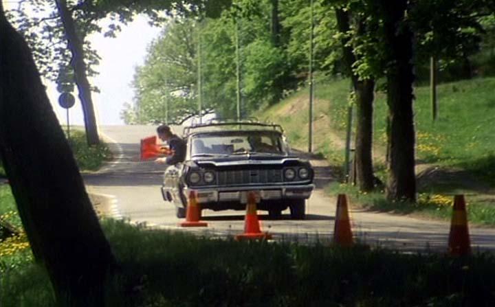 """IMCDb.org: 1964 Chevrolet Impala [1869] in """"Jönssonligan ..."""