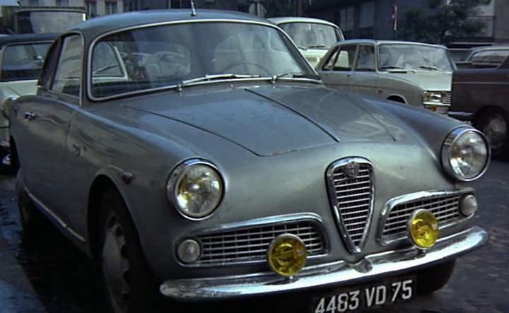 "Alfa Romeo Giulietta >> IMCDb.org: 1959 Alfa Romeo Giulietta Sprint [101.02] in ""Les choses de la vie, 1970"""