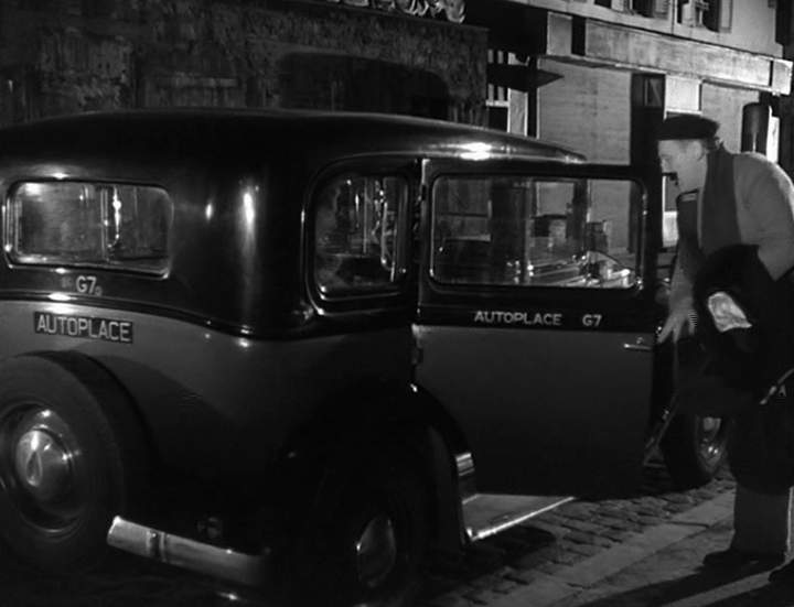 1933 renault taxi g7 type kz11 in poisson d 39 avril 1954. Black Bedroom Furniture Sets. Home Design Ideas