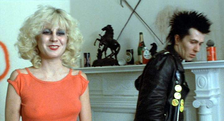 "IMCDb.org: ""Sid and Nancy, 1986"": cars, bikes, trucks and ..."