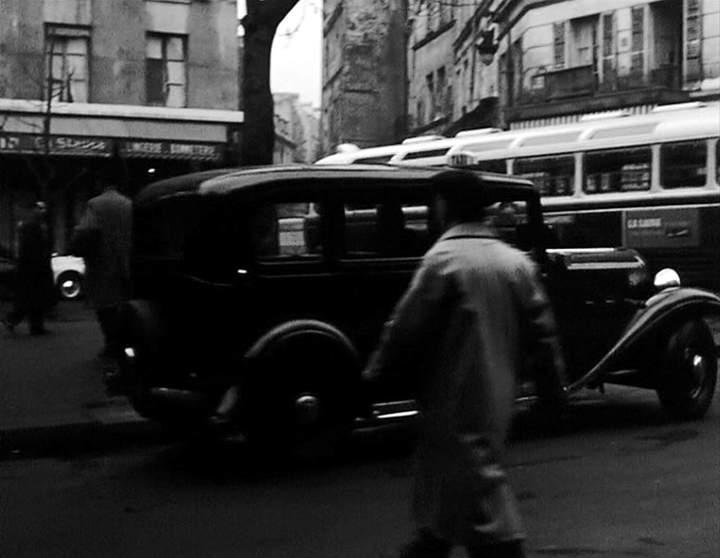 1933 renault taxi g7 type kz11 in mademoiselle et son gang 1957. Black Bedroom Furniture Sets. Home Design Ideas