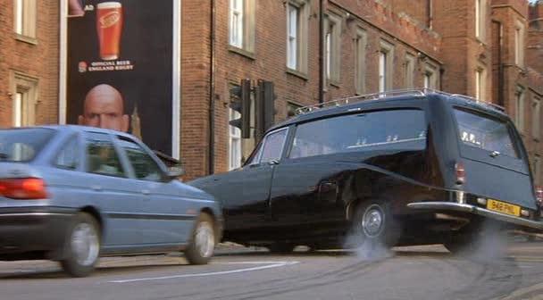 "Woodall Used Cars >> IMCDb.org: 1980 Daimler Hearse Stratstone / Woodall-Nicholson [DS420] in ""Johnny English, 2003"""