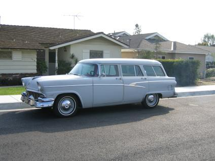 1956 ford ranch wagon in it 39 s a mad mad mad for 1956 ford 2 door station wagon