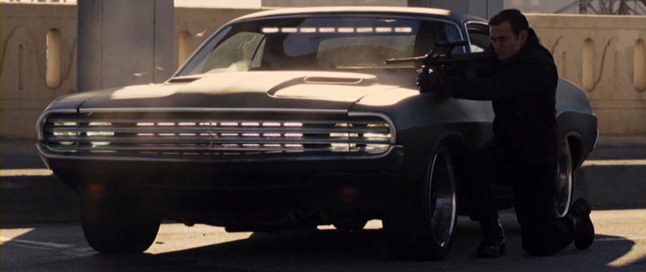 """Town And Country Dodge >> IMCDb.org: """"In Time, 2011"""": cars, bikes, trucks and other ..."""