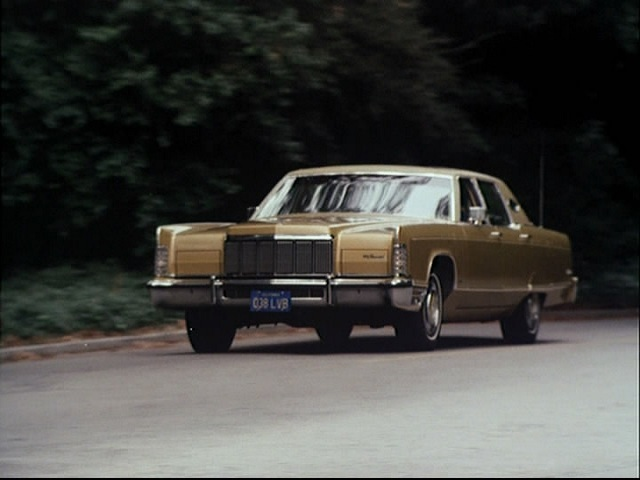1975 lincoln continental town car 53b in the rockford files 1974 1980. Black Bedroom Furniture Sets. Home Design Ideas