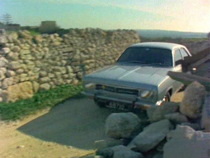 IMCDb.org: 1972 Chrysler 160 [949] in