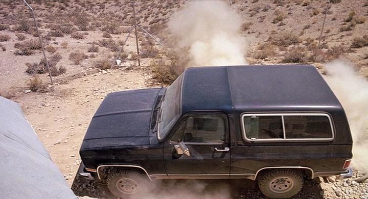 """IMCDb.org: 1989 GMC Jimmy SLE [V-1500] in """"Tremors, 1990"""""""