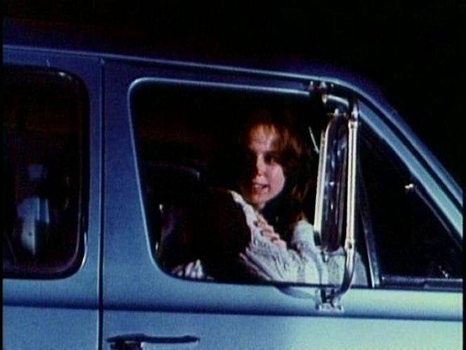 "IMCDb.org: 1971 Dodge Sportsman in ""Satan's School for Girls, 1973"""