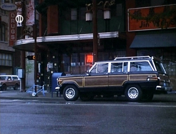 "Jeep Wagoneer 2018 >> IMCDb.org: 1987 Jeep Grand Wagoneer [SJ] in ""Unforgettable, 1996"""