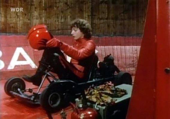 tatort die kugel im leib 1979 cars bikes. Black Bedroom Furniture Sets. Home Design Ideas