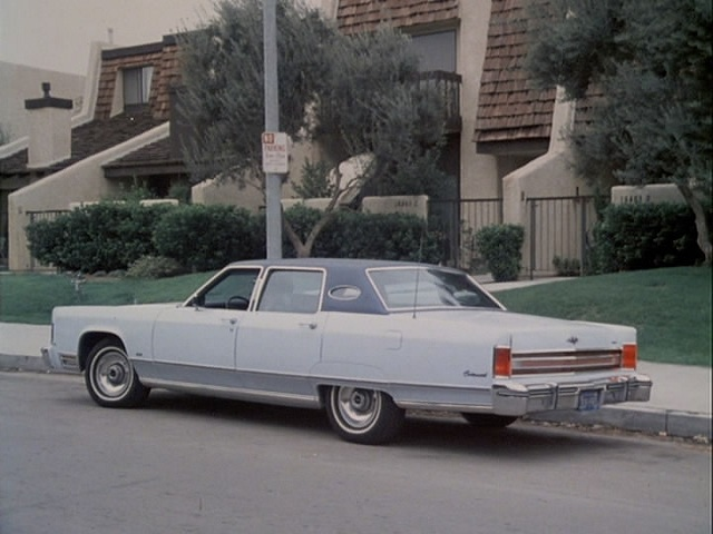 1976 lincoln continental town car 53b in the rockford files 1974 1980. Black Bedroom Furniture Sets. Home Design Ideas