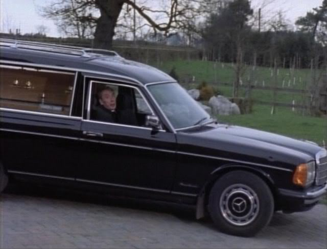 Imcdb Org 1985 Mercedes Benz Hearse W123 In Quot A Touch Of