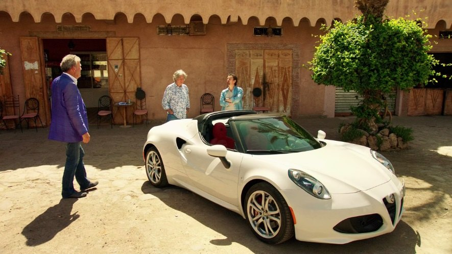2015 alfa romeo 4c spider 960 in the grand tour 2016 2019. Black Bedroom Furniture Sets. Home Design Ideas