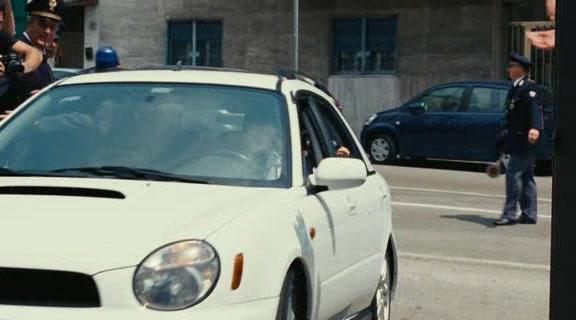 Subaru impreza wagon gg in la valigia sul - La valigia sul letto film ...