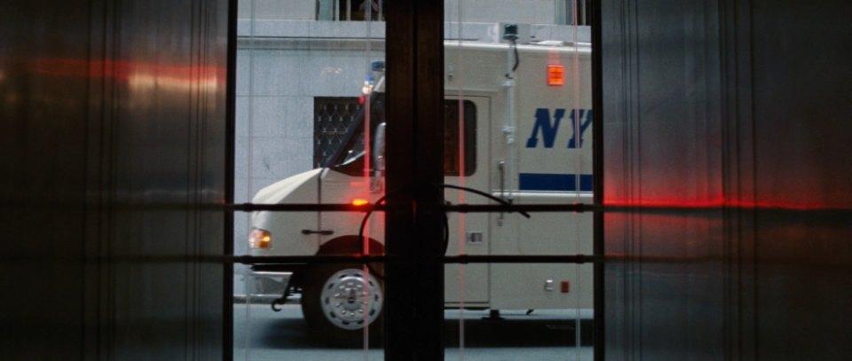 """Ford Mobile Al >> IMCDb.org: Freightliner MT-55 LDV Mobile Command Center in """"Inside Man, 2006"""""""
