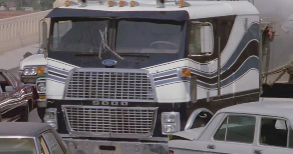 Ford 9000 Cabover Interior : Imcdb ford clt in quot armed and dangerous
