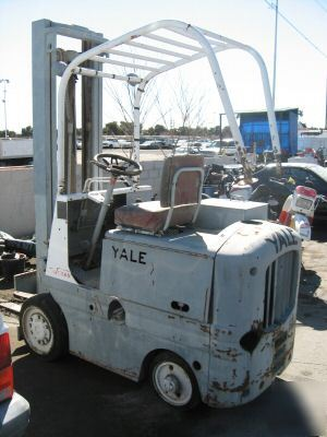 [Image: yale-forklift-6-cyl-4000-lbs-192-lift-height-displayimage-3.jpg]