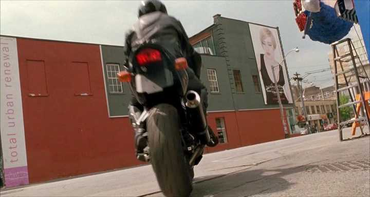 "IMCDb.org: 2002 Honda CBR 600 F4i in ""Undercover Brother ..."