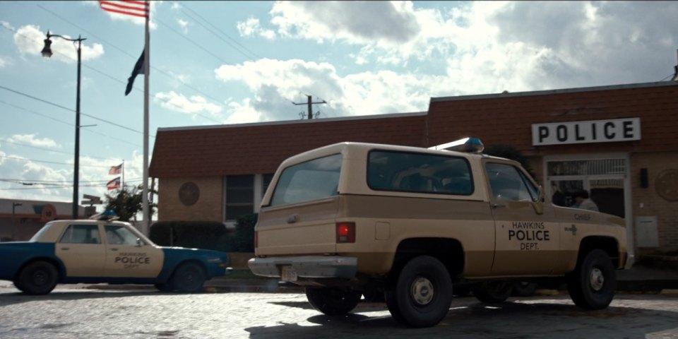 """IMCDb.org: 1987 Chevrolet Blazer [K-5] in """"Stranger Things ..."""