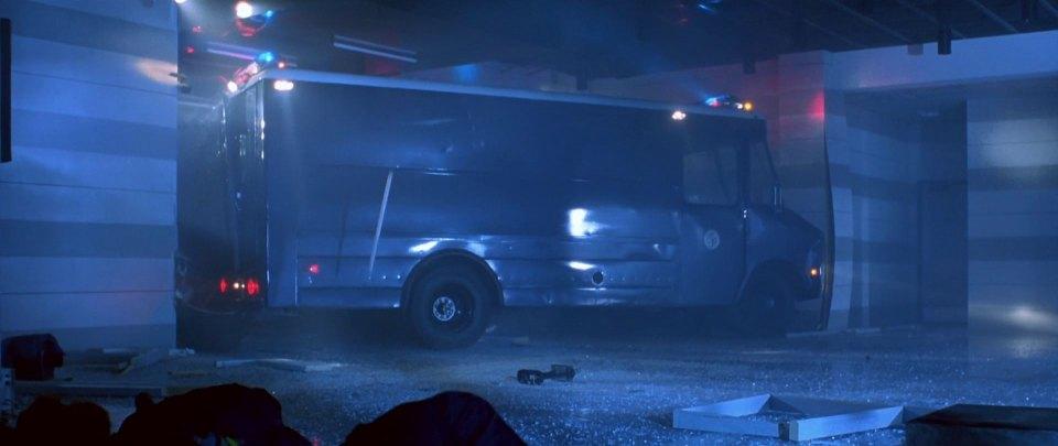 """Used Work Vans >> IMCDb.org: Chevrolet Step-Van [P-30] in """"Terminator 2"""