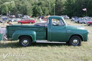[Image: 1954-55-dodgec1-bcd-116-pickuprs-h213.jpg]
