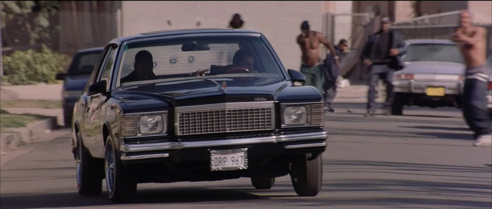 "IMCDb.org: 1979 Chevrolet Monte Carlo in ""Training Day, 2001"""