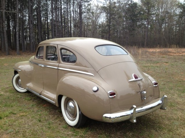 1946 plymouth special de luxe four door sedan for 1947 plymouth 4 door sedan