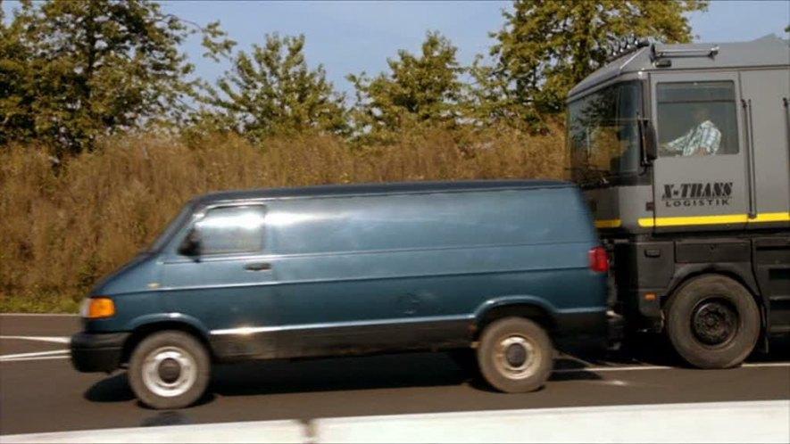 1998 dodge ram van 1500 in alarm f r cobra 11. Black Bedroom Furniture Sets. Home Design Ideas