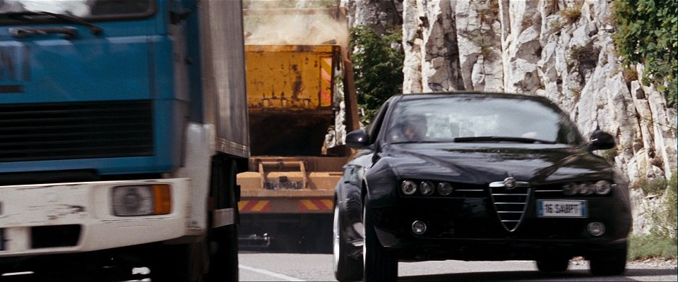 "Autotrader Co Uk >> IMCDb.org: 1995 Leyland DAF 55 in ""Quantum of Solace, 2008"""