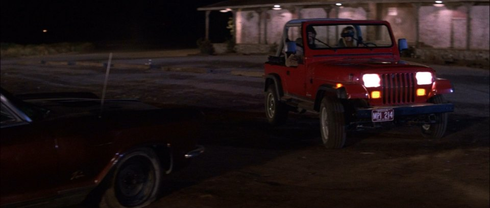 "IMCDb.org: 1988 Jeep Wrangler [YJ] in ""Road House, 1989"""