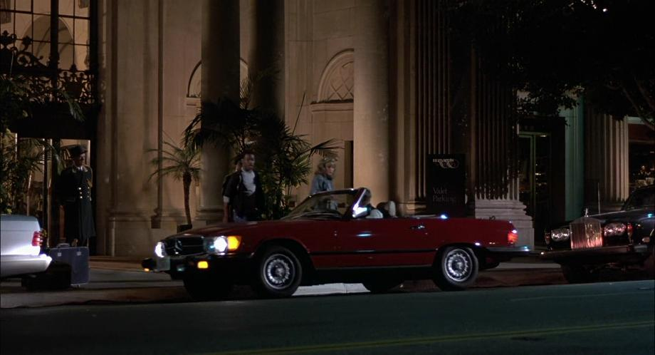 1980 mercedes benz 450 sl r107 in beverly hills cop 1984. Black Bedroom Furniture Sets. Home Design Ideas