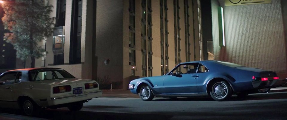 "IMCDb.org: 1968 Oldsmobile Toronado In ""The Nice Guys, 2016"""