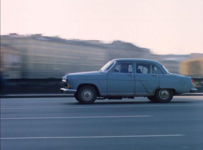 BMW 6-series skinned to look like Volga GAZ-21