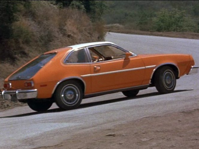 """IMCDb.org: 1977 Ford Pinto Runabout in """"Charlie's Angels, 1976-1981"""""""