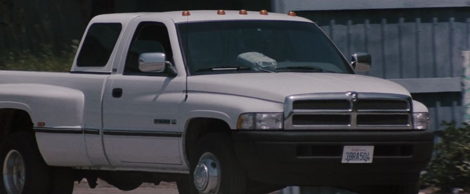 Vlcsnap H M S on 02 Dodge 3500 4x4