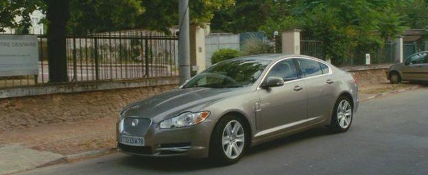 """IMCDb.org: 2008 Jaguar XF X250 in """"De l'autre côté du ..."""