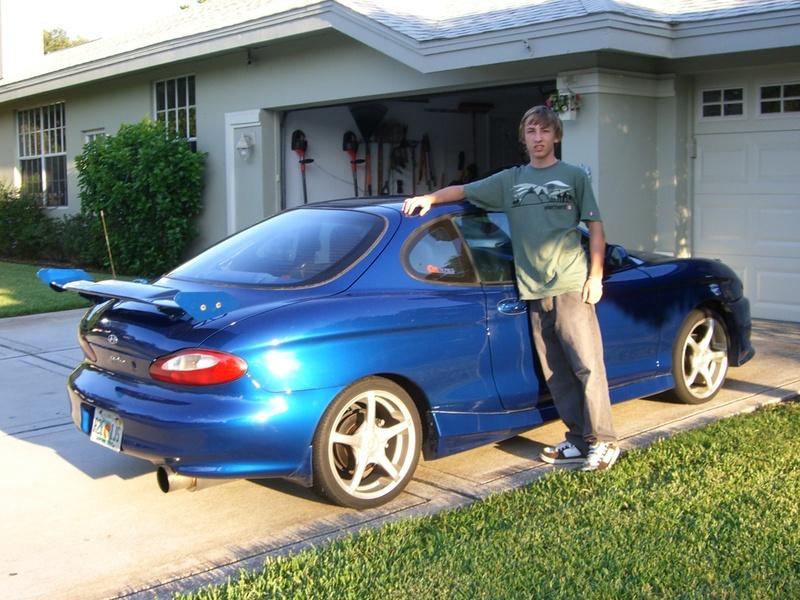 IMCDb.org: 1997 Hyundai Tiburon [RD] in