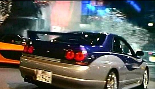"Rise V Auto >> IMCDb.org: Nissan Skyline GT-R [R33] in ""The Fast and the ..."