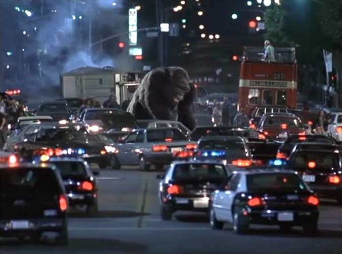 """Range Rover Com >> IMCDb.org: """"Mighty Joe Young, 1998"""": cars, bikes, trucks and other vehicles"""