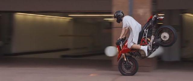IMCDb.org: Ducati Hypermotard in