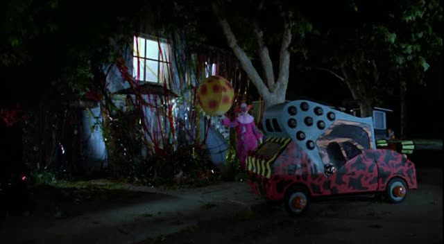 """Used Cars By Owner >> IMCDb.org: Made For Movie in """"Killer Klowns from Outer Space, 1988"""""""