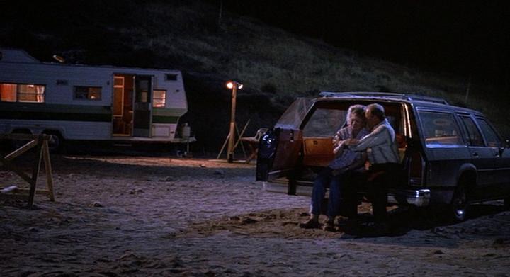 "Lost Car Key >> IMCDb.org: 1986 Ford LTD Crown Victoria Wagon in ""Tremors ..."