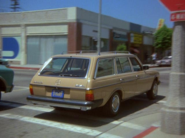 Imcdb Org 1979 Mercedes Benz 300 Td W123 In Hart To Hart 1979 1984