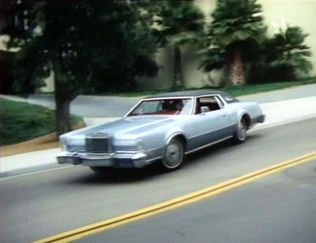 IMCDb.org: 1974 Lincoln Continental Mark IV [65A] in ...