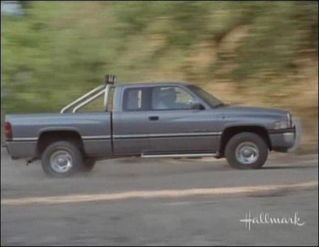 Imcdb Org 1995 Dodge Ram 1500 Club Cab Slt In Quot Walker
