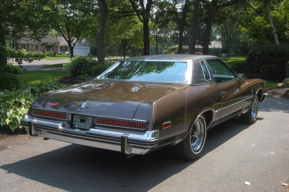"imcdb: 1974 buick regal in ""the fall guy, 1981-1986"""