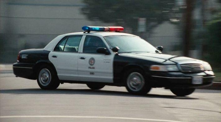 "IMCDb.org: 1998 Ford Crown Victoria [P71] in ""Crash, 2004"""