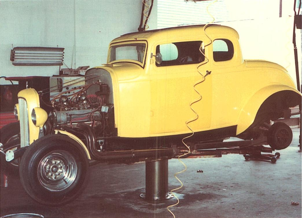 IMCDb.org: 1932 Ford V8 5-Window Coupe \'Deuce Coupe\' Hot Rod [18] in ...